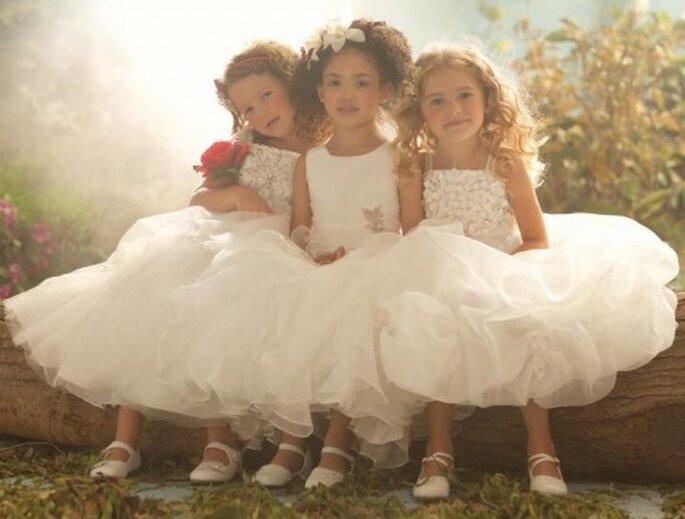 Vestidos de fiesta para niñas.Foto de Alfred Angelo.