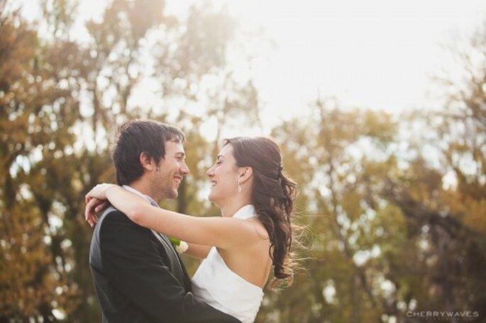 Protocolo para hacer una invitación de boda - Foto Cherry Waves