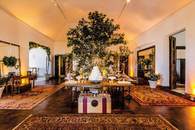 Construção histórica conta com muitos ambientes para receber bem os convidados internamente