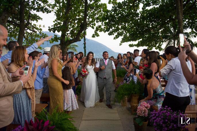 Saída noivos