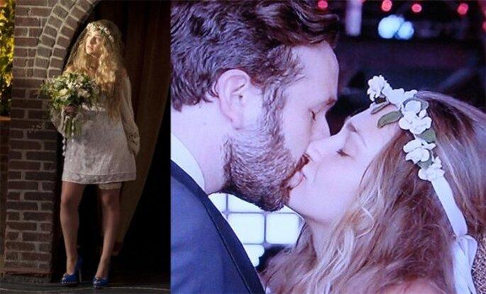 Personaje de Jessa en la serie Girls. En su boda usa una corona florida. Foto de la primera temporada de Girls, HBO.