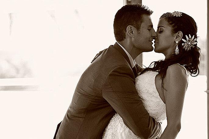 Un momento íntimo de la pareja durante la celebración. Foto: Joaquín Tocornal