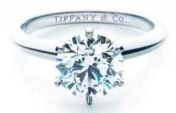 Anillo tradicional para Compromiso de la reconocida marca Tiffany & co.