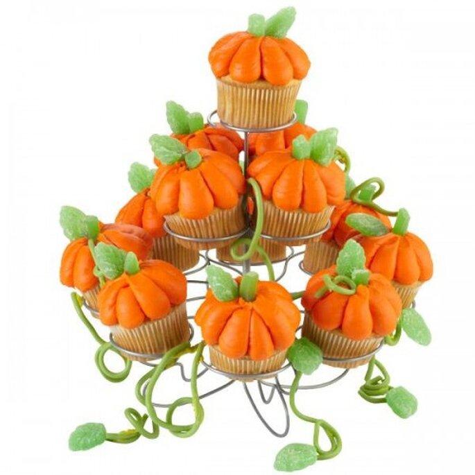 Cupcakes con forma de calabaza. Foto de Wilton