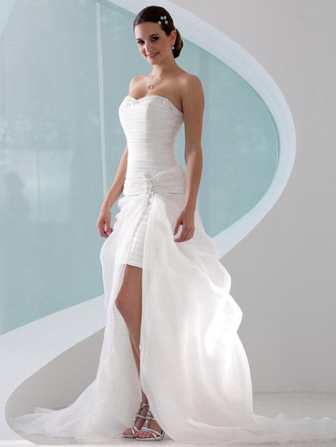 """Das Brautkleid der Woche: Modell """"Ronja"""" aus der Kollektion 2011 von Lohrengel"""