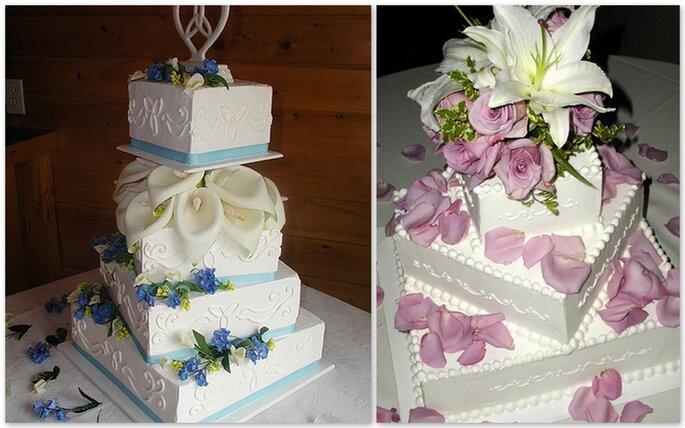 Torte floreali, calle e fiori azzurri per la prima, orchidee e rose rosa per la seconda. Entrambe con forma irregolare