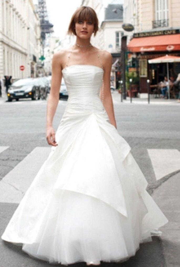 Cymbeline 2010 - Diana, vestido en tafetán, seda salvaje o en seda siam, falda en tul