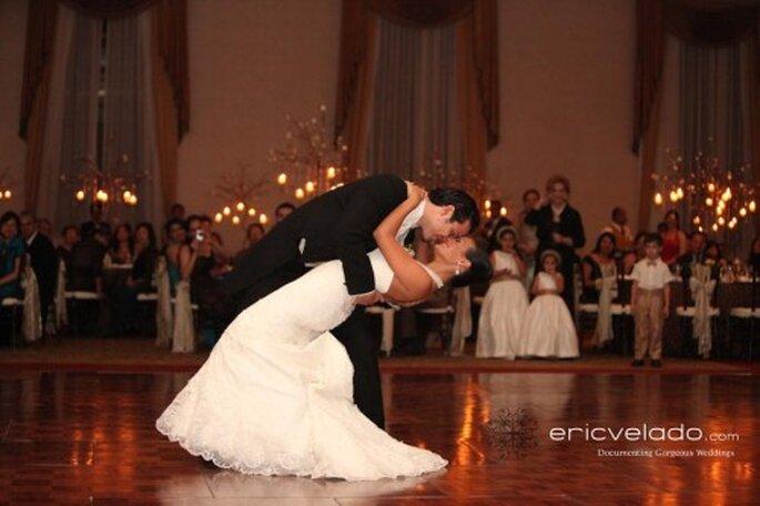 Como ir vestida a una boda de noche. Foto de Eric Velado
