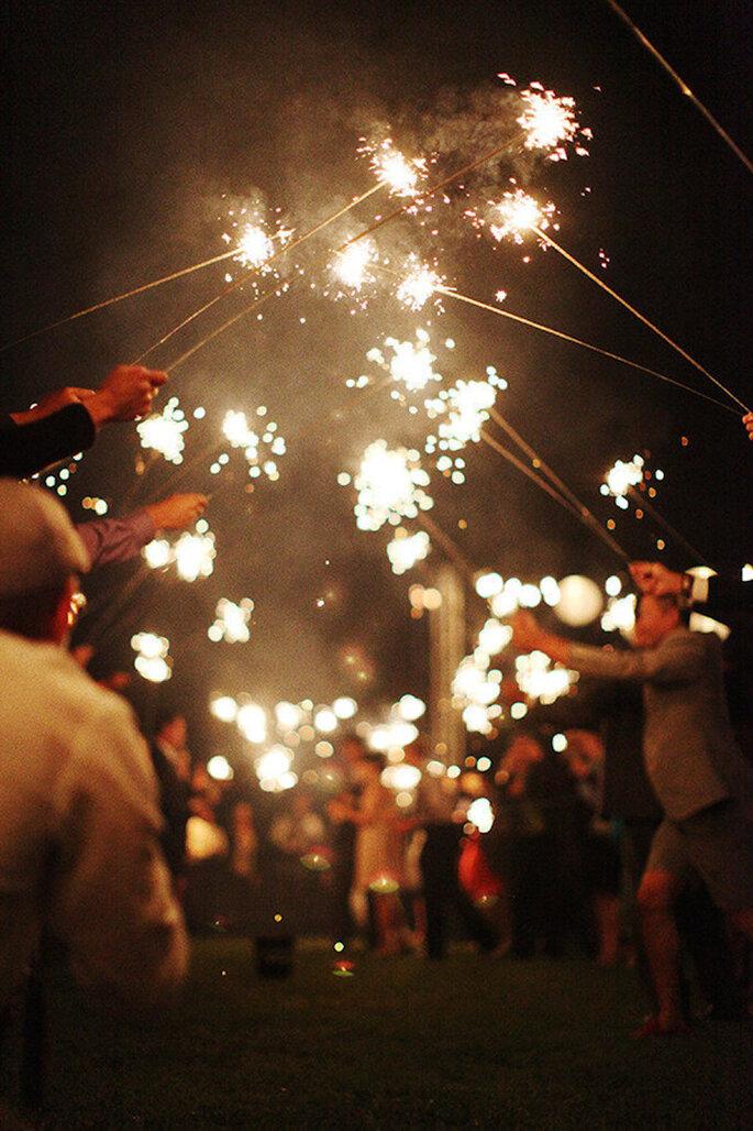 Luces de bengala en tu boda - Foto Esther Sun Photography