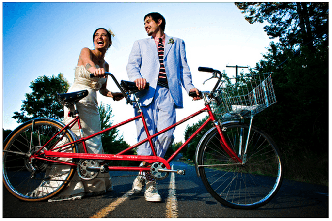 Fotos de boda con bicicletas - Foto Our Labor of Love