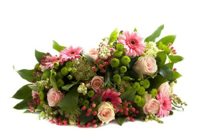Ramas verdes como accesorio o complementos en el ramo de novia