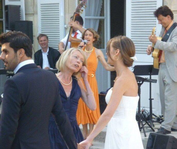 Rien de tel qu'une animation musicale pendant le cocktail de mariage ! - (C) Edith Reyboubet