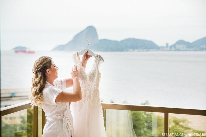 Vestido de noiva: Casbran - Foto: Sebastian Gemino Fotografia