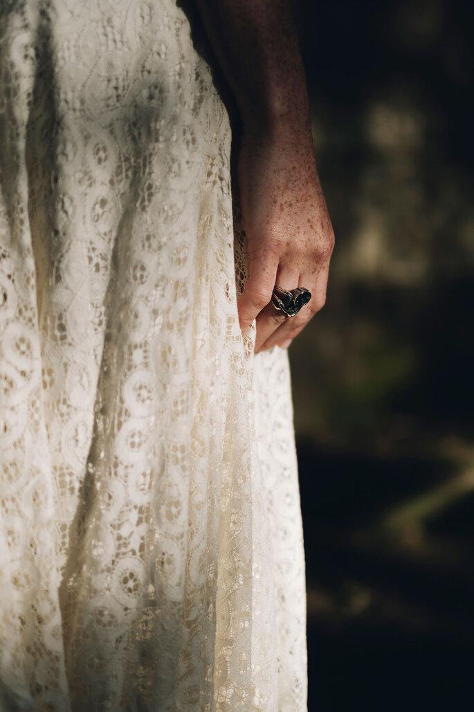 Fotografia: Nelson Marques + Andreia Torres Photography |Styling: GUIDA Design de Eventos ® | Vestido de noiva & Alta costura: Atelier Gio Rodrigues | Joias: Peririnha, Montblanc e Styliano