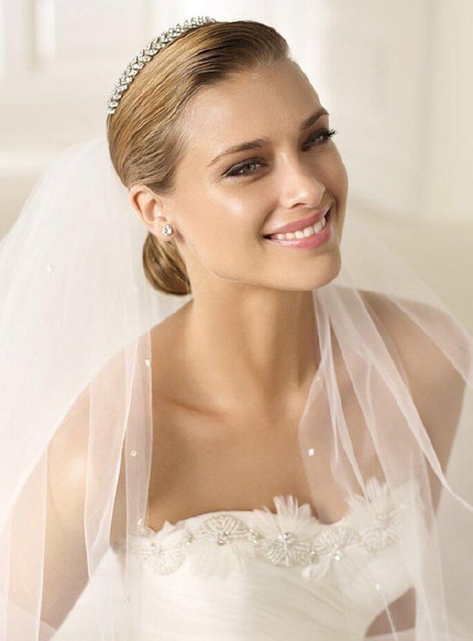 Tiara 2013 para tu peinado de boda - Pronovias