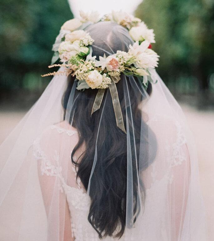 Brautfrisuren mit Schleier: Pure Romantik mit einem Hauch von Nichts