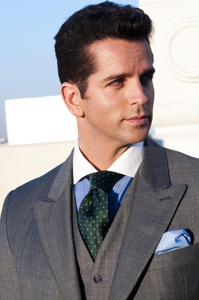 Setzen Sie mit bunten Krawatten und Stecktüchern farbige Akzente – Foto: Chaques.net