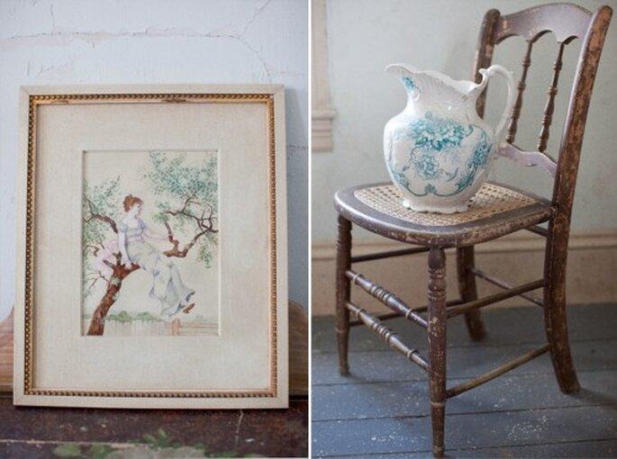 Utiliza muebles y portarretratos avejentados para decorar tu boda con estilo vintage - Foto Stephanie Wiliams