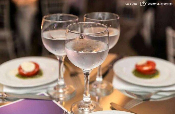 Para levar requinte, sofisticação e sabor ao casamento, deve-se contratar um buffet que já tenha essa preocupação