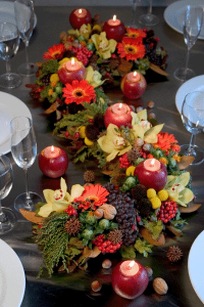 Centrotavola di fiori e mele