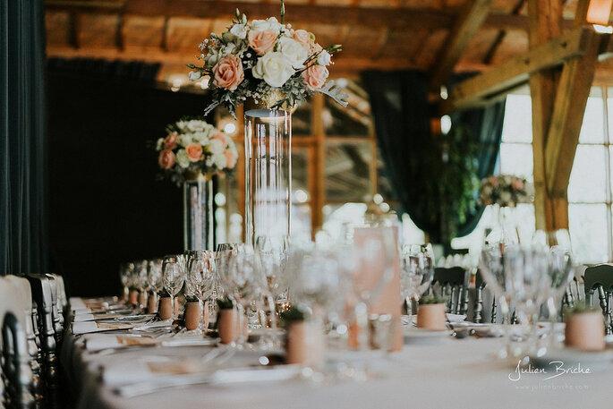 5 conseils pour placer ses invit s table pour le repas - Comment disposer les tables pour un mariage ...