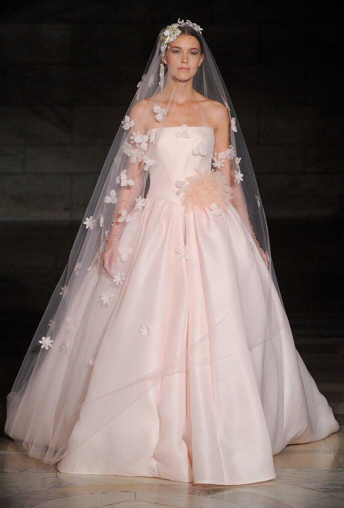 Vestido de nova en rosa palo