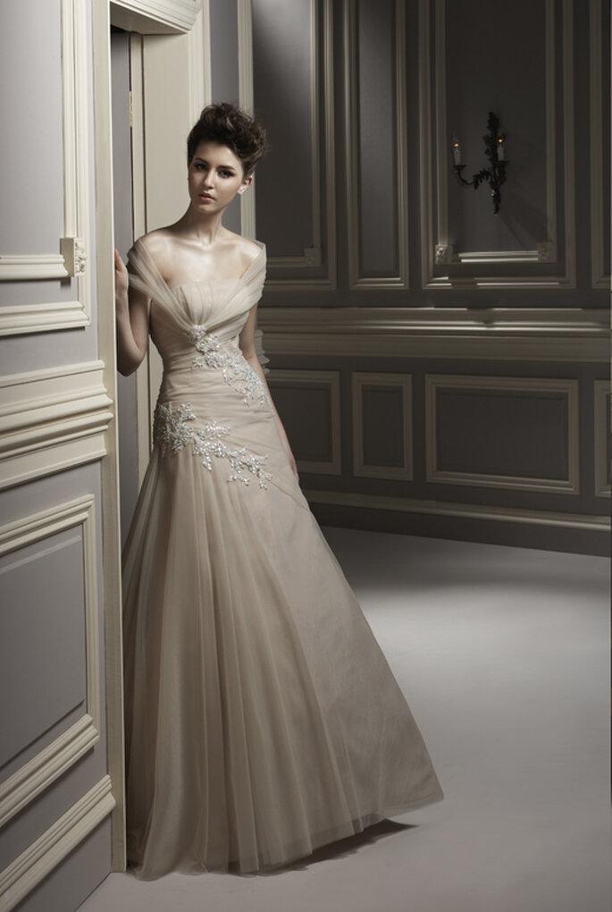 Vestido de Noiva Bege - Touro