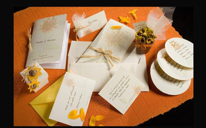 Esempi di inviti di nozze con girasole