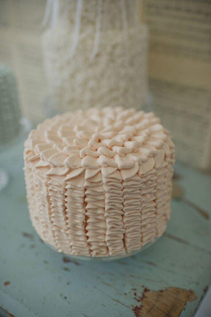 La tendencia de los mini cakes en tu banquete de bodas - Foto Pobke Photography