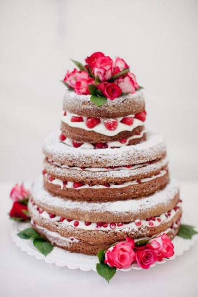 DIY-Hochzeitstorte fotografiert von http://nadiameli.com