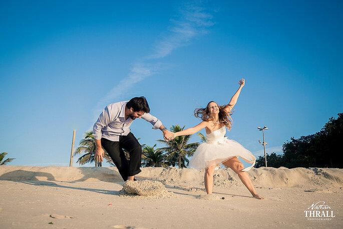 La playa, un lugar ideal elegido por muchas parejas. Foto: Nathan Thrall