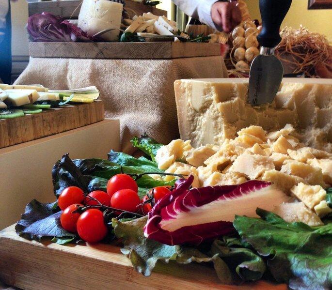 Grana e pomodorini per un finger food ricco per il matrimonio