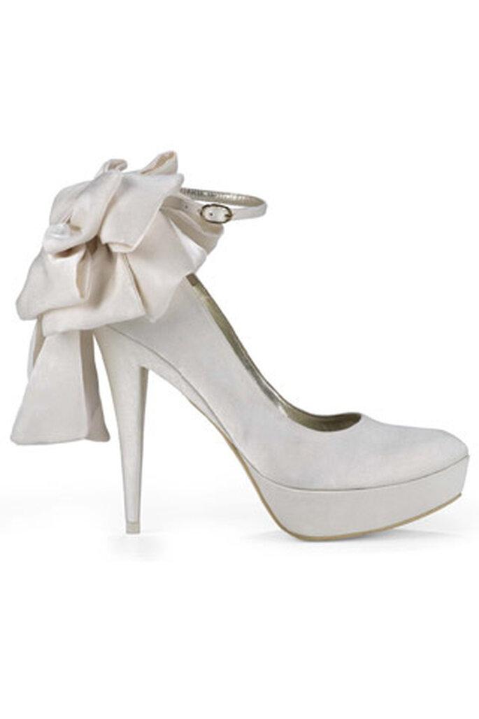 Pura López, zapatos de novia altos