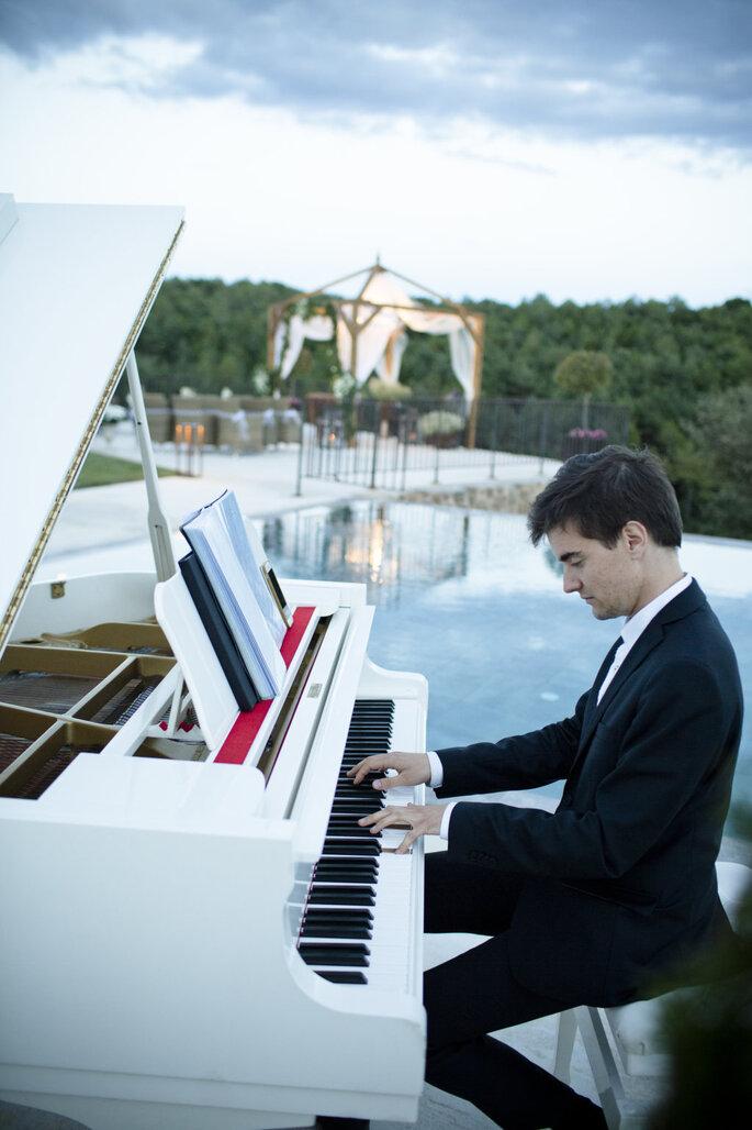 Confía En El Piano De Tu Boda Para Que La Banda Sonora De Tu Gran Día Suene En Vivo Y En Directo
