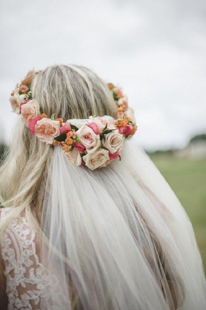 Coroas de flores para noivas 2015  escolha a sua! 4783cec7fb
