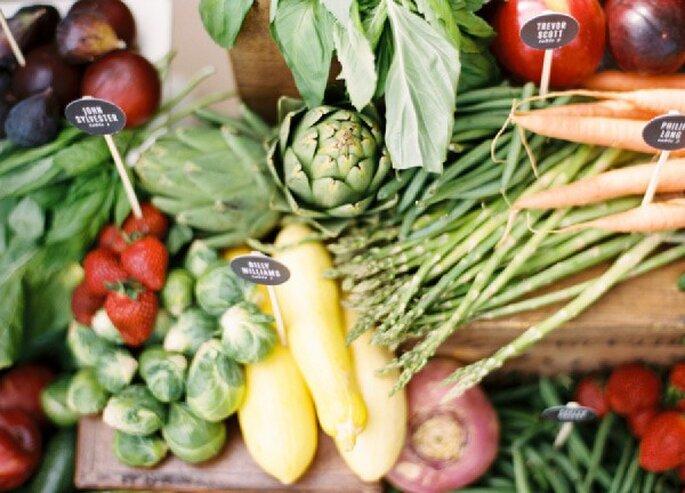 Una novia saludable come frutas y verduras - Foto Ryan Ray Photography