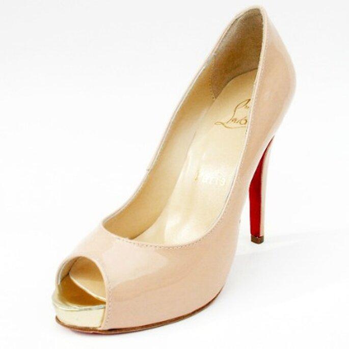 Zapato de novia color nude - Christian Louboutin