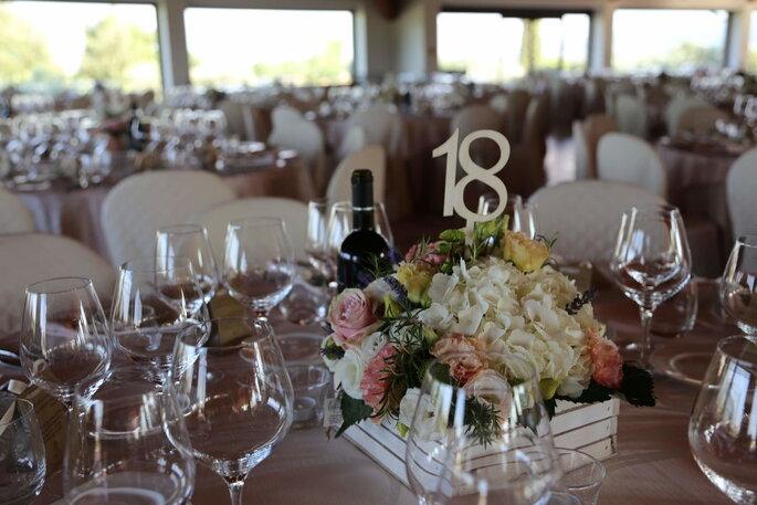 Hotel Spa & Golf Valle di Assisi - centrotavola romantico e minimal