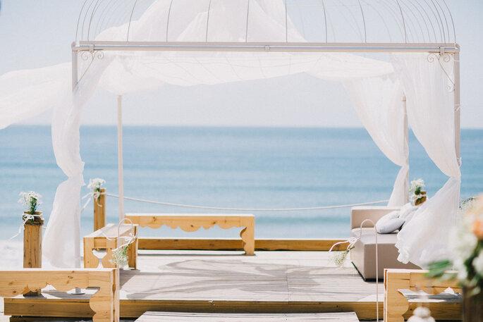Set Lounge Beach.