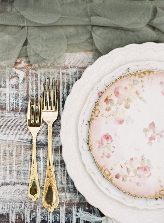 Una boda con estilo fresco y shabby chic - Caroline Frost Photography