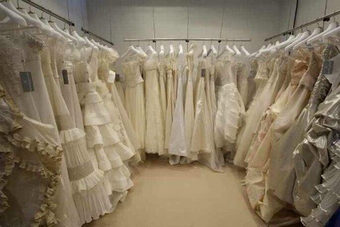 La scelta di abiti è pressoché infinita. Cercate di chiarirvi prima le idee sullo stile che più vi piace. Foto www.laquintafettaditorta.blogspot.it