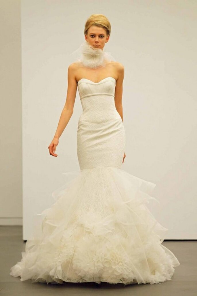 Vestido de novia otoño 2013 corte sirena con falda voluminosa - Foto Vera Wang