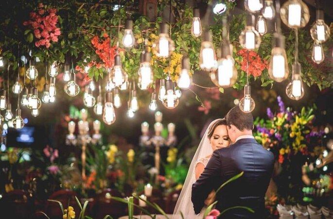 Iluminação: Carlos Eduardo Som e Luz - Foto: Divulgação.