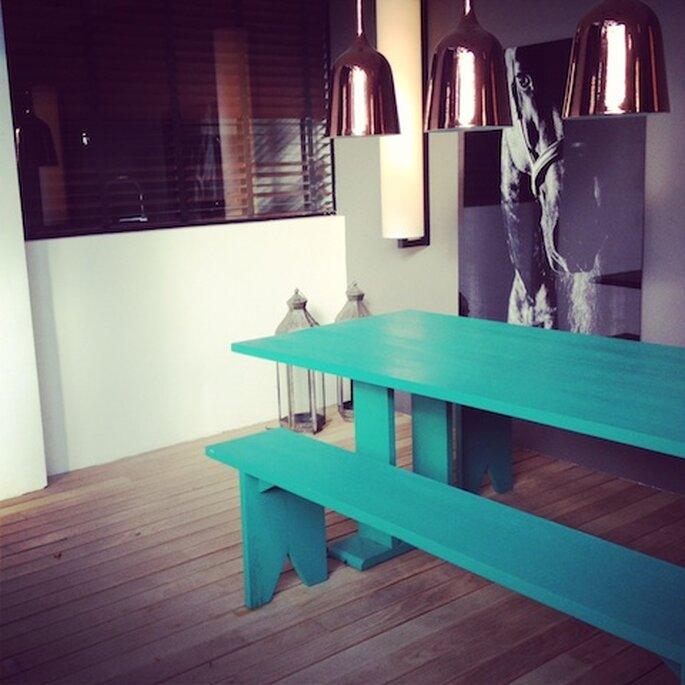 Peças de mobiliário de cores fortes na Casa Cor 2013 Arquitetos Olegario de Sá e Gilberto Cioni. Foto - Mariana Ortigão