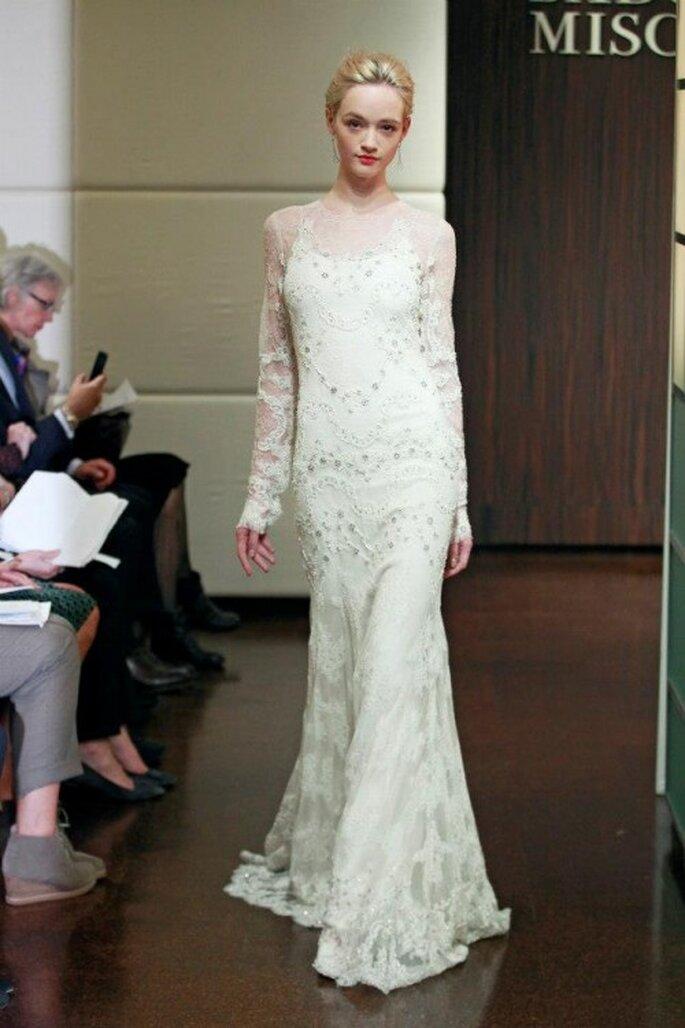 Vestido de novia 2014 con mangas largas cubiertas de bordados y encaje - Foto Badgley Mischka