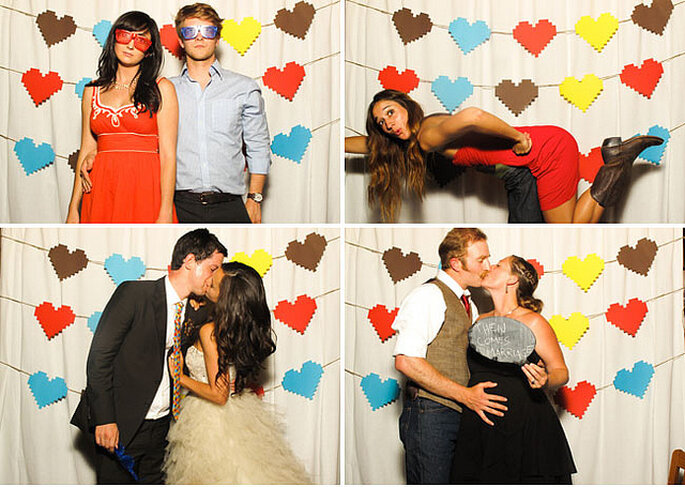 Puedes montar un photocall decorado con corazones de papel para divertirse en la boda. Foto: David Stubbs