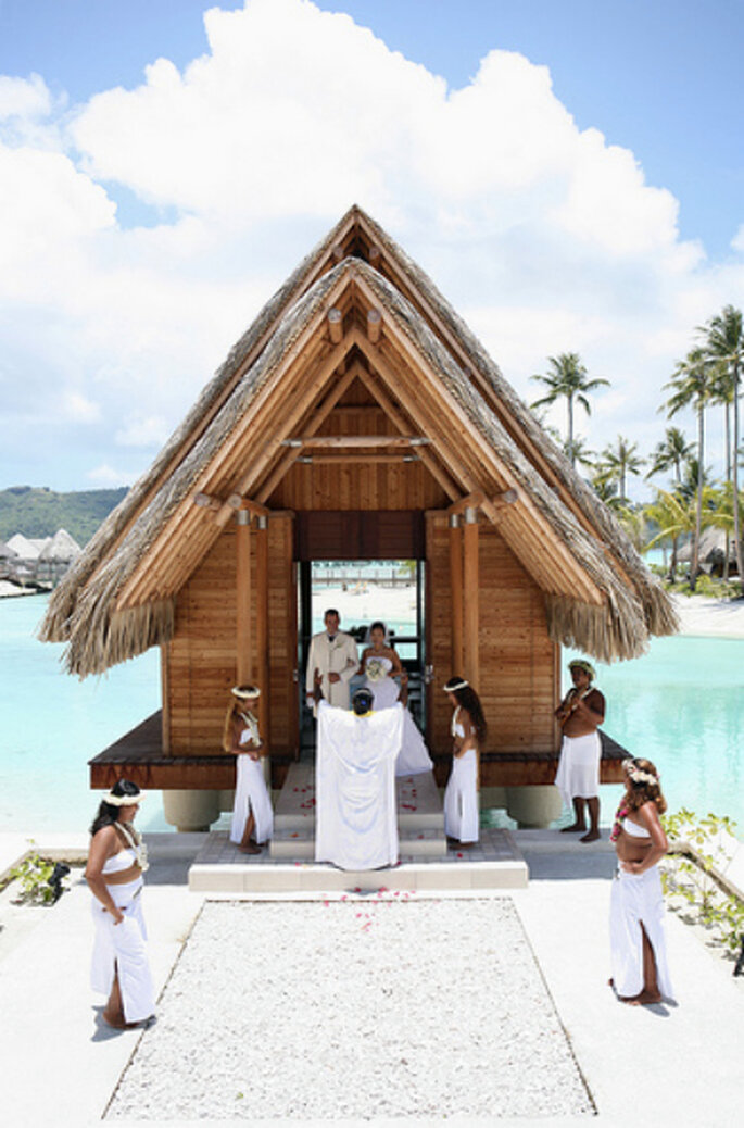 ¿Te animas a celebrar tu boda en una isla exótica?