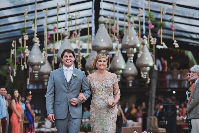 Noivo e a mãe