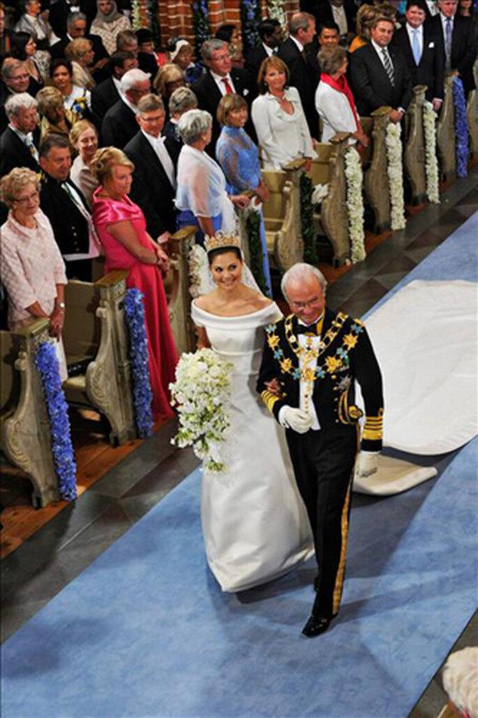 Victoria de Suecia puso flores azules en la iglesia