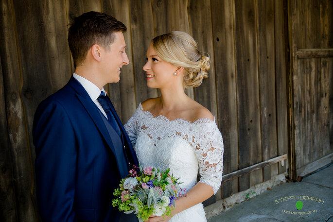 La novia - Hochzeitsmode für Braut & Bräutigam
